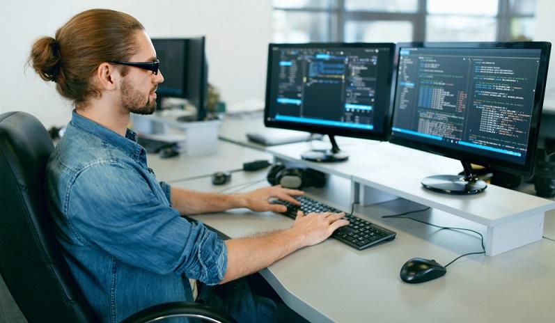 Wie so oft fragt man sich als Nutzer einer Software irgendwann, ob es nicht eine eierlegende Wollmilchsau gibt, also ein Programm bzw. in unserem Fall einen Editor, der alles kann. (#02)
